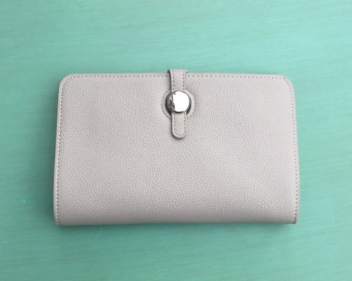 Faux Leather Dogon Style Wallet - Pale Grey